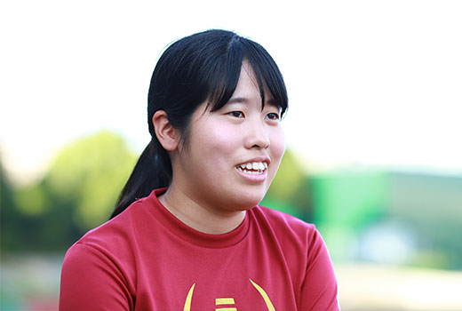 関西大学体育会アメリカンフットボール部KAISERS  4年生 主務 本間優花