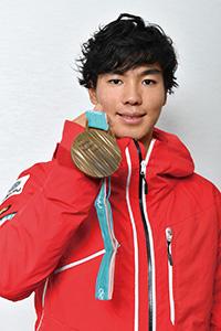 Athlete INTERVIEWS :モーグル原大智「カナダのスキー留学で徹底的に鍛えた体幹パワーでブレない安定したカラダ作り」【日本大学】